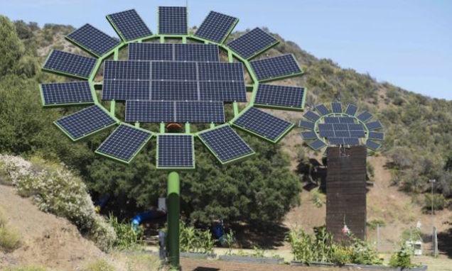Panouri solare dezvoltate de James Cameron
