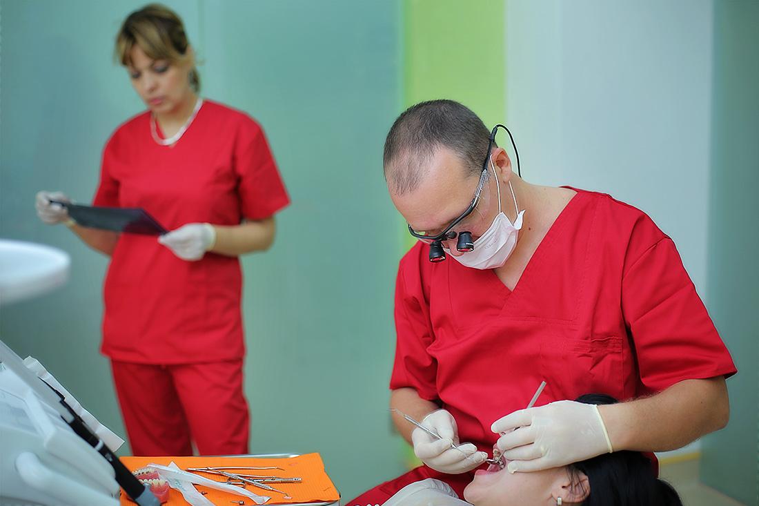 Implantul dentar pentru o dantura minunata